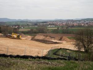 Blick von der Westseite der Wehretalbrücke. Zum Vergrößern auf das Bild klicken.