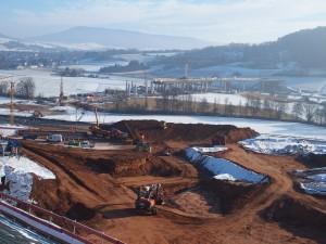 Blick von der Baustelle Trimbergtunnel auf die Wehretalbrücke
